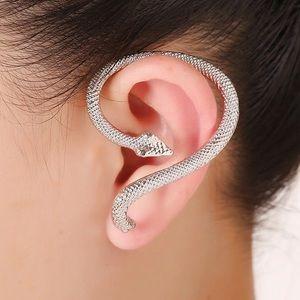 Silver Snake Earcuff